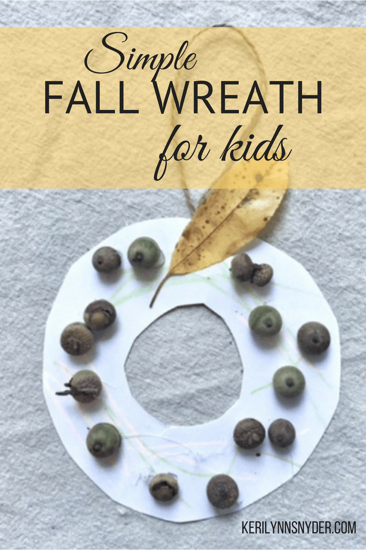 Easy fall wreath for kids, kid friendly fall wreath, acorn fall wreath, easy fall activity for kids