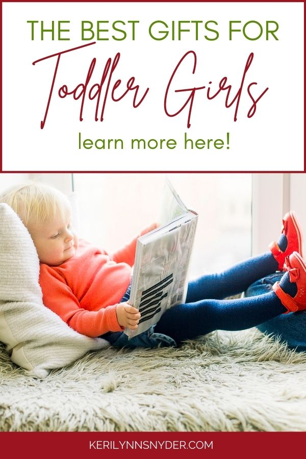 Shopping for a toddler girl? Check out this toddler girl gift guide with great ideas!