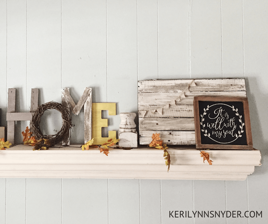 Fall decor tips that help you decorate on a budget and with simplicity.