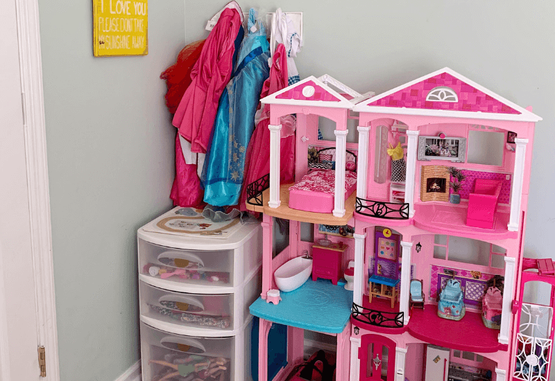 How to Organize Barbies and Accessories, The best DIY system