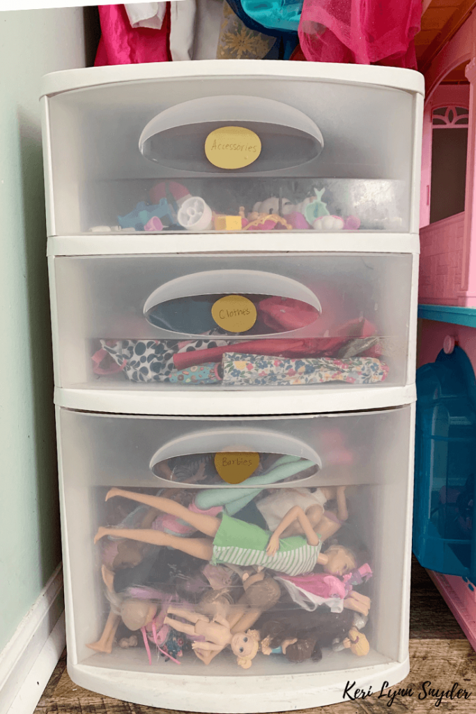How to Organize Barbies and Accessories