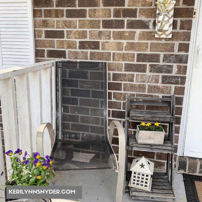 Small Front Porch Decor