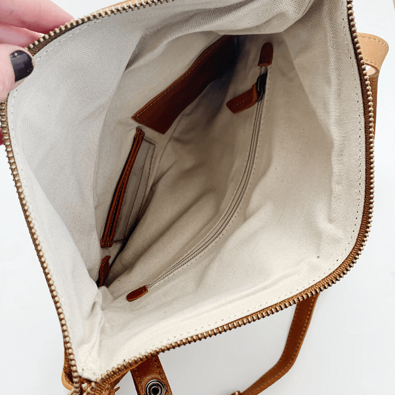 Kelly Moore Bag- perfect gift for moms!Kelly Moore Bag- perfect gift for moms!