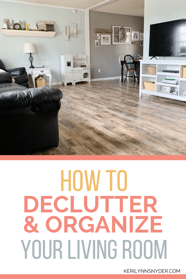 How to declutter and organize your living room