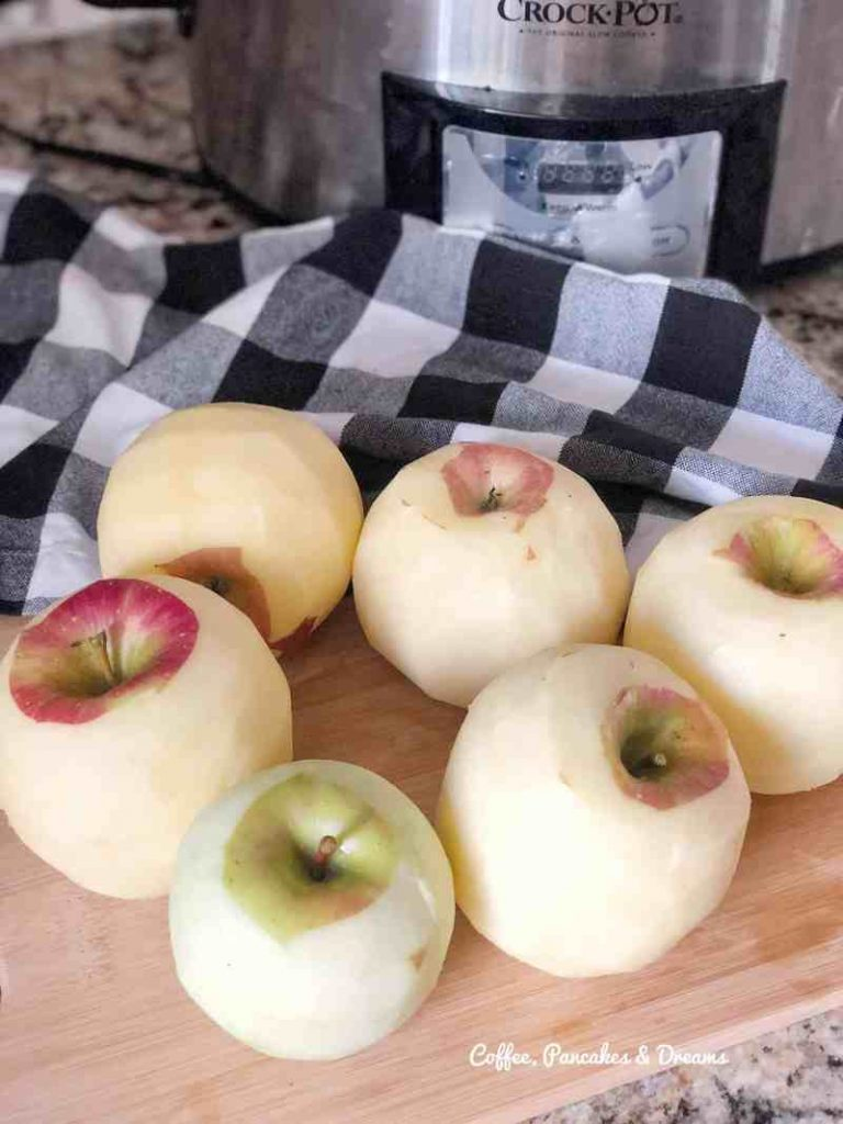 Homemade applesauce is the perfect fall recipe!