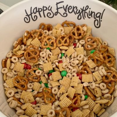 The best Christmas Snack Mix