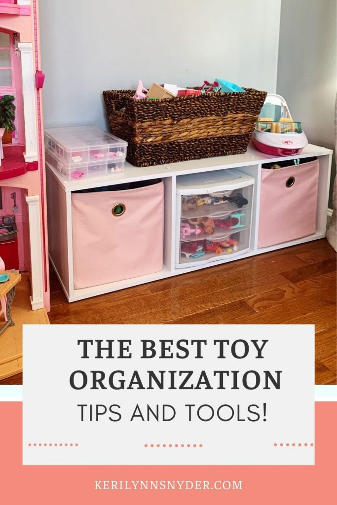 How to organize toys without a playroom! Tips for storing toys in your kids' bedrooms.